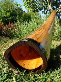 wood didgeridoo bell